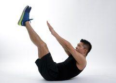 Chyby, kterých se dopouštíme při cvičení břicha