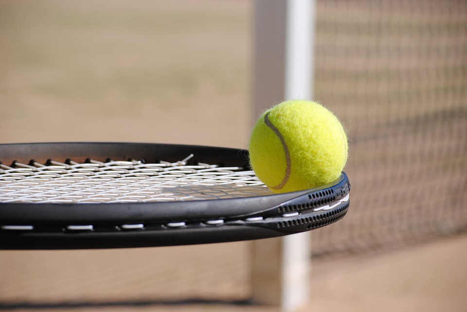 Tenis, squash a badminton - hubnutí